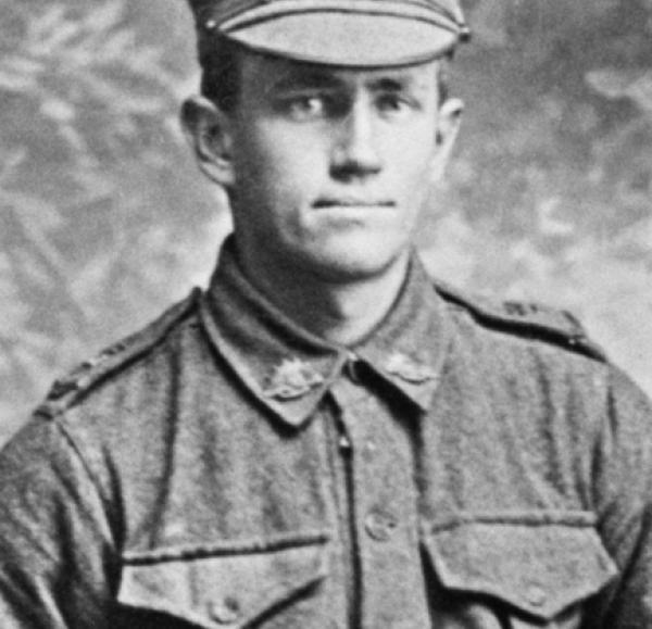 Studio portrait of 66 Private (Pte) Archibald Percy Choat, 32nd Battalion. Source: https://www.awm.gov.au/collection/P09291.189