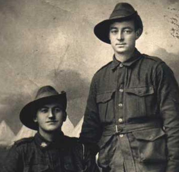 William Sherriff Burman (sitting), Unknown soldier standing next | Source: personal collection