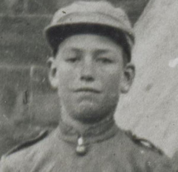 Vern Riggs (1908 Burra School Detachment of Commonwealth Cadets) | Source: http://collections.slsa.sa.gov.au/resource/B+27713